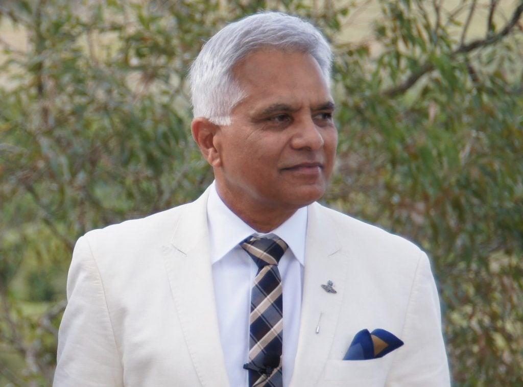 Dr Jonathan Toussaint